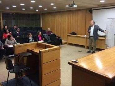 Magistrados de la jurisdicción Valdivia participan de taller dictado por destacado académico internacional
