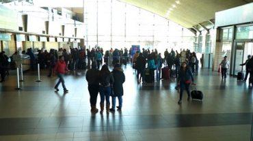 Usuarios de aeropuerto Carriel Sur podrán acceder a wi-fi gratuito