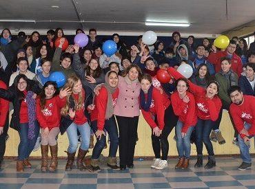 130 jóvenes de Los Ríos participan en English Winter Camps
