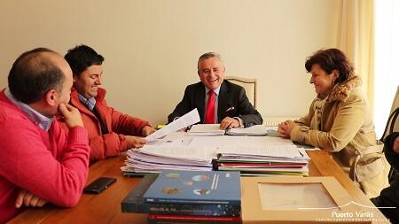 Alcalde Ramón Bahamonde firmó convenio que permitirá contar con cámaras de vigilancia en Puerto Varas