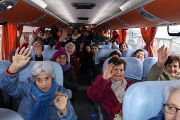 Más de mil 300 adultos mayores se beneficiarán a partir de hoy y hasta octubre con viajes de turismo social de la Municipalidad de Valdivia