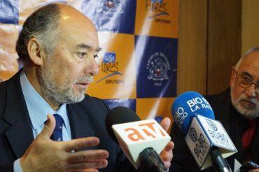 Diputado Flores respaldó medida que extiende la veda del loco hasta el año 2022