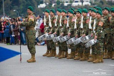 Con masiva concurrencia de puertovarinos se desarrolló Parada Militar y Te Deum ecuménico en el marco del aniversario 207 de Chile