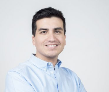 """Candidato a diputado Nicolas Cogler, """"en Magallanes son mas de diez mil los empleados a cuenta propia según cifras INE y ellos tambien deberian ser objeto de capacitación"""""""
