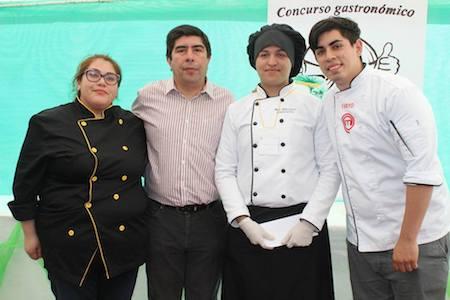 """Originales creaciones se premiaron en la 3° versión del concurso gastronómico de la """"Fiesta de la nalca"""" de Lebu"""