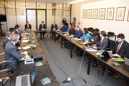Comisión de Investigación del CRUCh sesionó en Valdivia