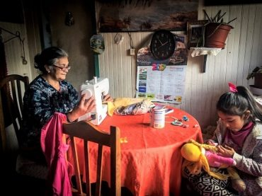 Un centenar de familias indígenas de Los Ríos mejorarán sus emprendimientos