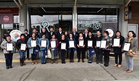INDAP otorgó el Sello Manos Campesina a 14 agricultoras de la Región de Los Ríos