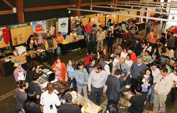 Encuentro Regional de Emprendedores en Valdivia fue instancia para compartir experiencias locales