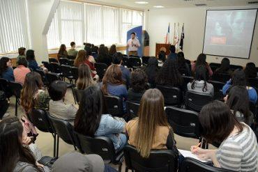 Director ejecutivo del instituto Res Publica expuso sobre la ética en la salud