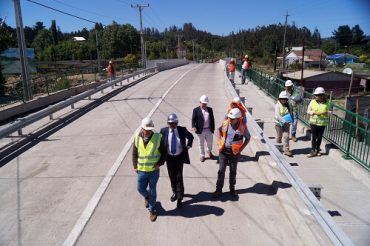 Nuevo puente Lynch fue habilitado en comuna de Hualqui