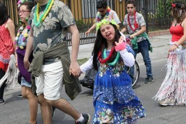 """Con un """"Carnaval"""" lleno de color y alegría escolares de San Pedro de la Paz cerraron año"""