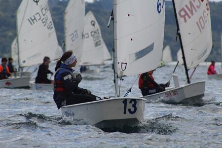 En Puerto Varas se realiza Campeonato Nacional Clase Optimist 2017