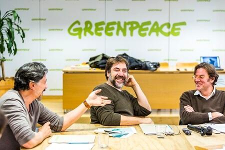 Actor Javier Bardem viaja a Chile para promover junto a Greenpeace la creación del mayor santuario marino del mundo en la Antártica