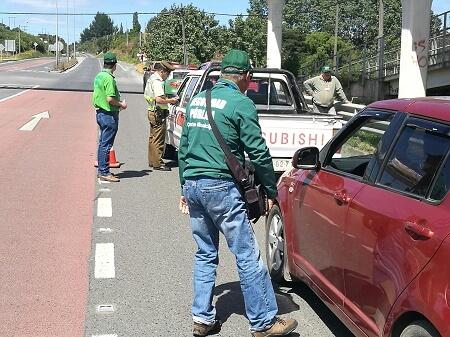 Seguridad Pública previene a turistas junto a vecinos en Laguna Pastahué