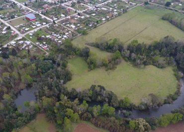 Municipalidad de Paillaco adquirió bello terreno en la ribera del río Collilelfu en Reumén