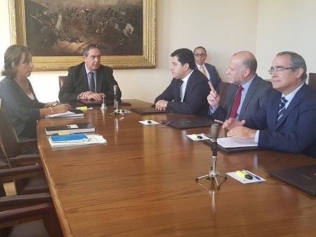 Senador Carlos Bianchi fue elegido presidente de la Comisión de Defensa del Senado