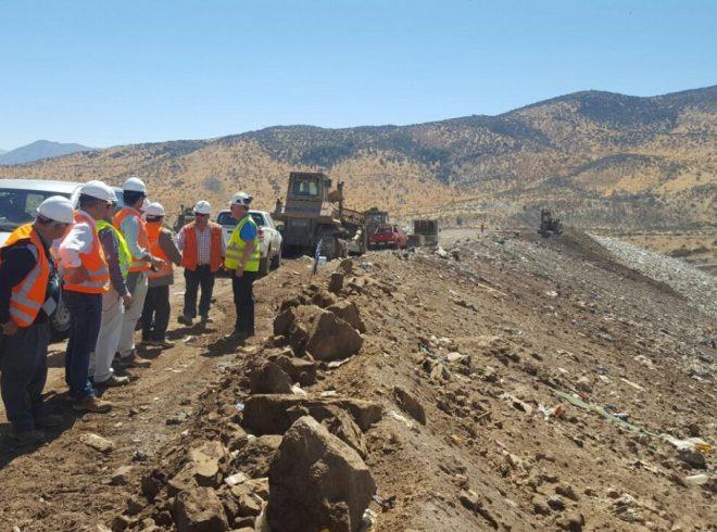 CORES conocieron funcionamiento de planta de reciclaje en Santiago para replicar experiencias en Los Ríos