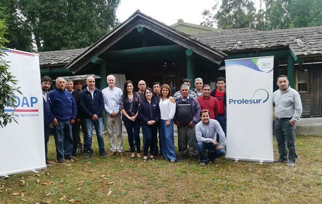 INDAP y PROLESUR firman convenio de cooperación en beneficio de pequeños productores lecheros