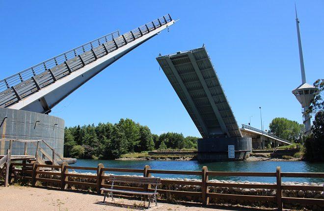 Consorcio chileno holandés entrega primer informe de ingeniería de puente Cau Cau
