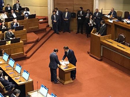 Patricio Rosas asumió como nuevo diputado por Los Ríos