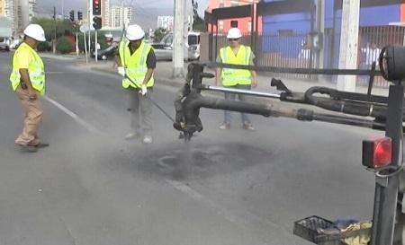 Municipio de Valdivia invertirá 130 millones para reforzar bacheo de calles hasta el 2019