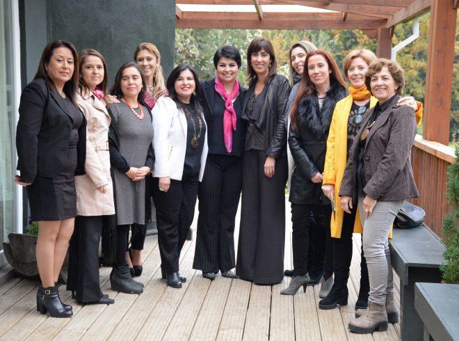 Subsecretaria Mónica Zalaquett junto con intendente lideran primera Mesa Público Privada para potenciar turismo local