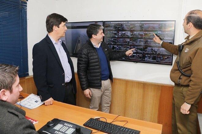 Cámaras de televigilancia municipales arrojaron 30 detenidos en primer informe de funcionamiento