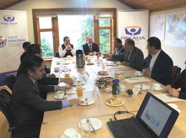 Parlamentarios de Los Ríos conocieron el trabajo de la Fiscalía de Análisis Criminal y Focos