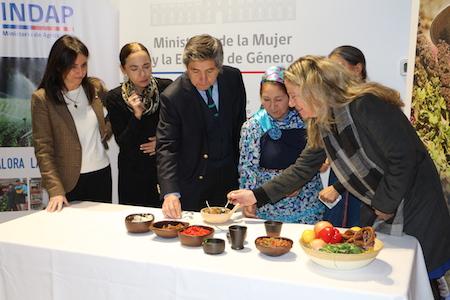 Mujeres rurales, mujeres con derechos: FAO lanza campaña en Chile con apoyo de INDAP