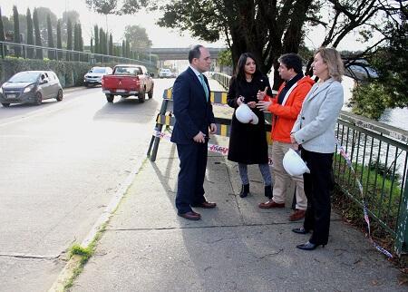 MOP acoge solicitud de Municipalidad de Valdivia para dar solución a socavónen Costanera