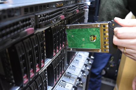 """Inauguración de """"Kultrún"""": el supercomputador con capacidad de memoria compartida más grande y rápida de Chile"""