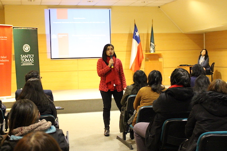 Servicio Social de Santo Tomás organizó charla sobre sexualidad y VIH