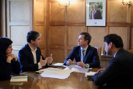 Alcalde Sabat prioriza proyectos para Valdivia y respalda iniciativas comunales
