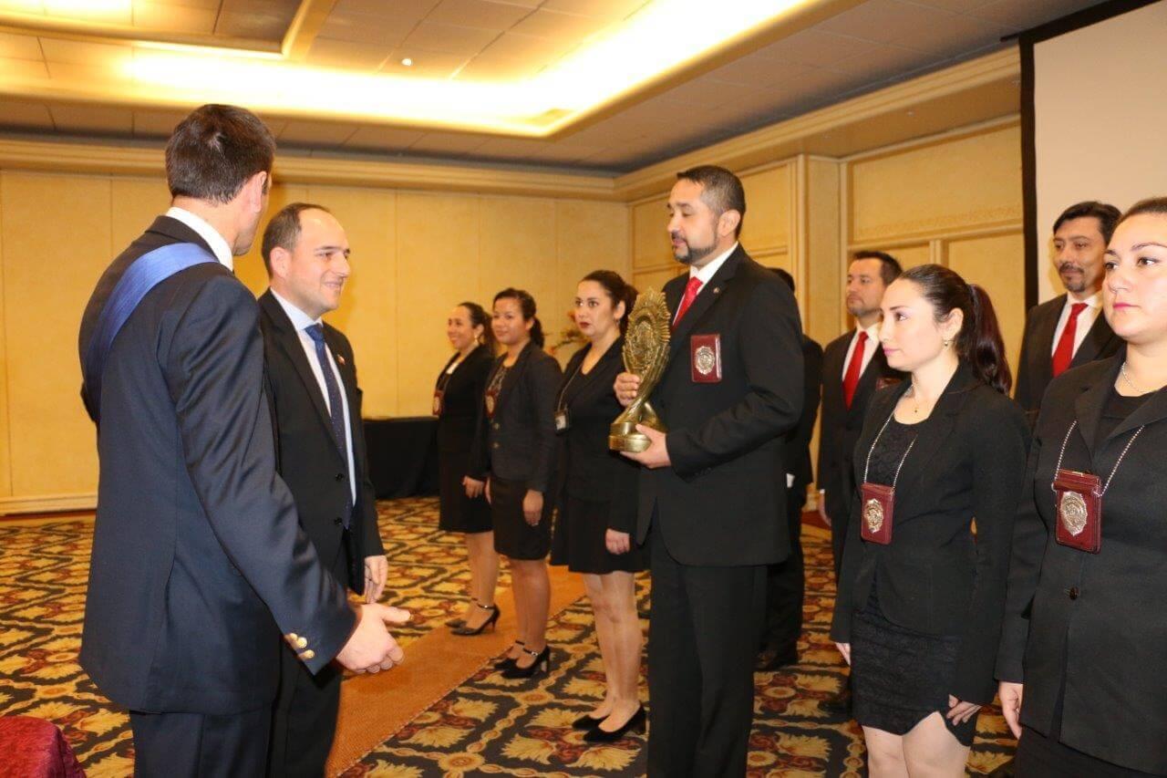 """Brigada de Homicidios Valdivia fue reconocida a nivel nacional con premio  """"Excelencia en la Investigación Criminal"""""""