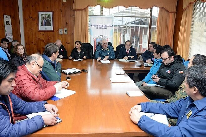 En Puyehue presentaron Plan de Contingencia por alerta temprana en Cordón Caulle