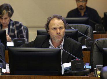 De Urresti destacó inspección de Tribunal Ambiental frente a la contaminación de Essal en Panguipulli