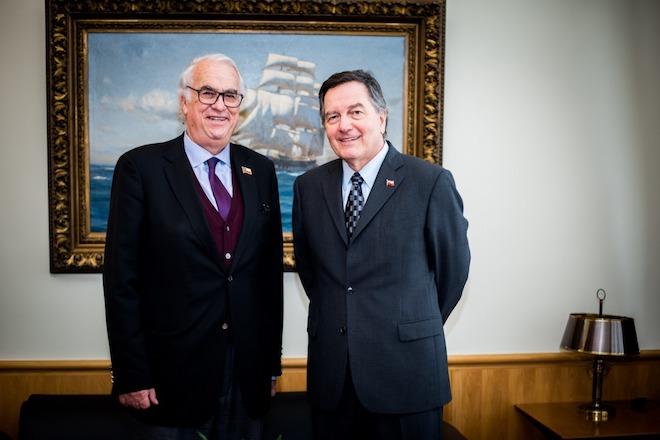 Intendente Harry Jürgensen anunció que Puerto Varas será sede de APEC Chile 2019