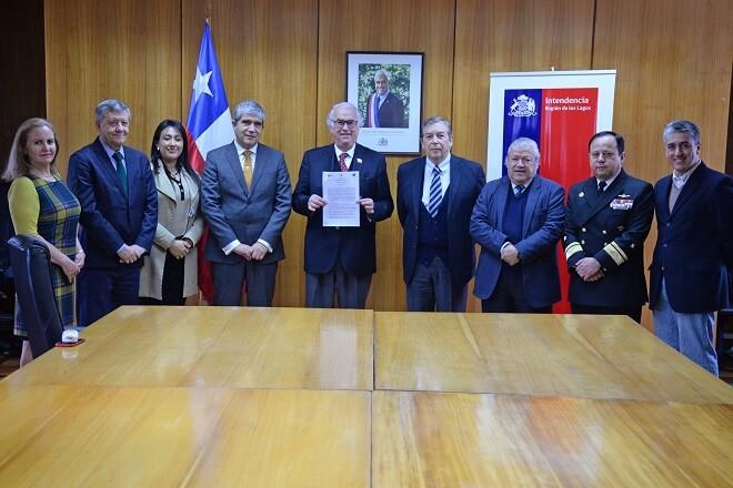 Gobierno Regional de Los Lagos, Universidad de Concepción y Fundación Acrux firman inédito convenio médico que beneficiará a las provincias de Chiloé y Palena