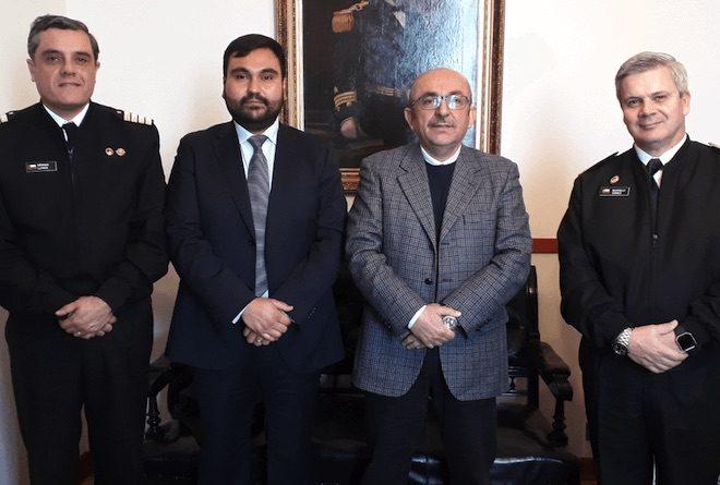 Diputado Leónidas Romero, seremi de Salud Biobío y gobernador de Concepción inspeccionan vertedero de Hidronor por posible recepción de salmones descompuestos