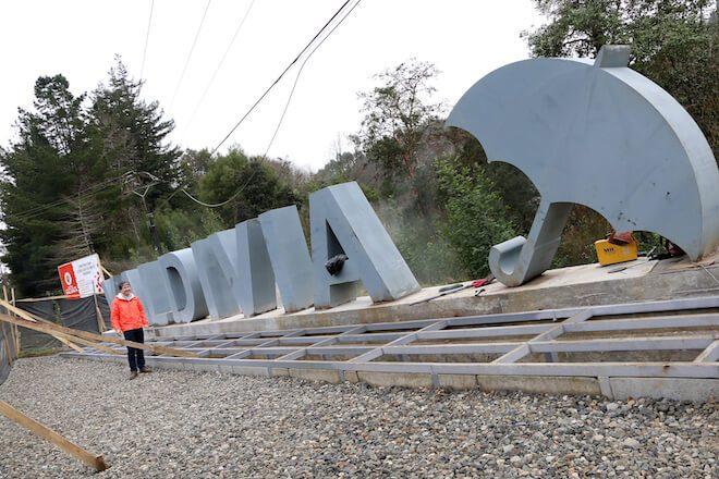Letras turísticas de Valdivia están en última etapa de instalación