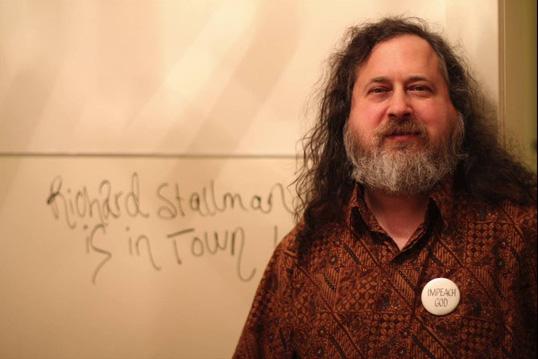 Richard Stallman, el creador del software libre visitará Valdivia