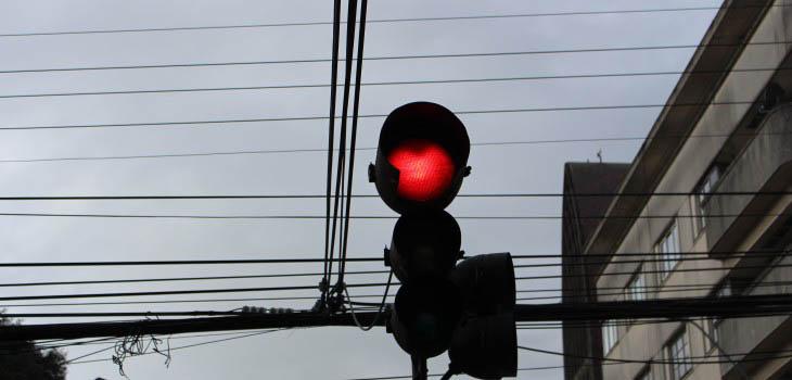 Seremi de Transportes y Telecomunicaciones anuncia plan de contingencia por intervención de semáforos en avenida Picarte de Valdivia