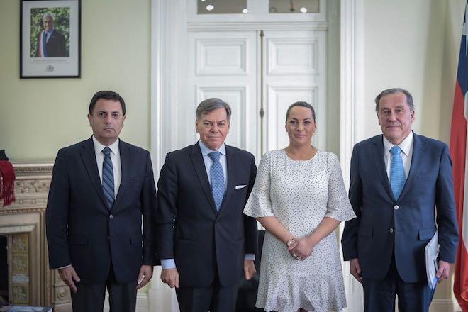 500 años del Estrecho de Magallanes: Intendenta Castañon sostuvo reunión de trabajo con embajador y director de coordinación regional Konrad Paulsen