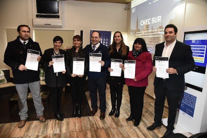 En Valdivia lanzan Mercado CHEC Sur que reunirá a creativos y empresas de Ñuble a Magallanes