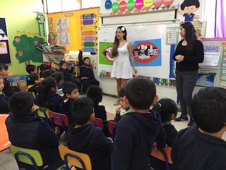 Escolares de Isla Santa María recibieron educación sobre tenencia responsable de animales y salud