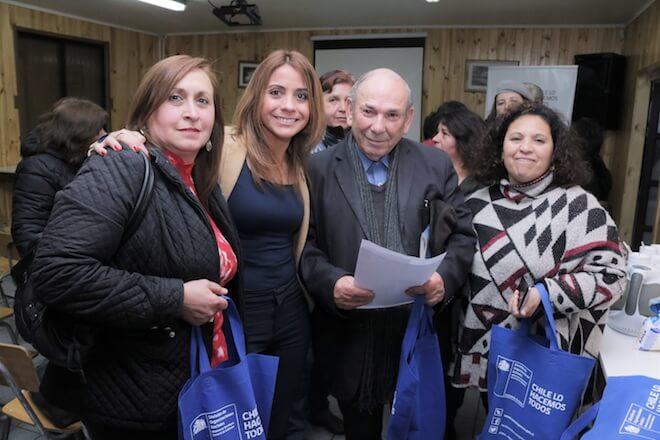 Vecinos y dirigentes de Valdivia conocieron el trabajo que realiza la División de Organizaciones Sociales de la Seremi de Gobierno en Los Ríos