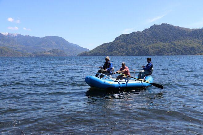 Choshuenco: pesca recreativa a los pies del volcán