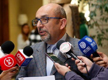 """Diputado Leonidas Romero: """"Recambio de medidores no cumple la ley"""""""