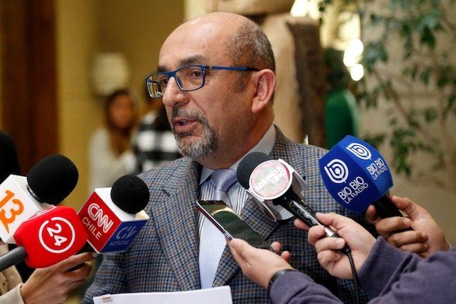 Diputado Romero expone caso de millonario cobro de abogados de pescadores coronelinos tras juicio con ENEL ante nuevo presidente de Corte Apelaciones